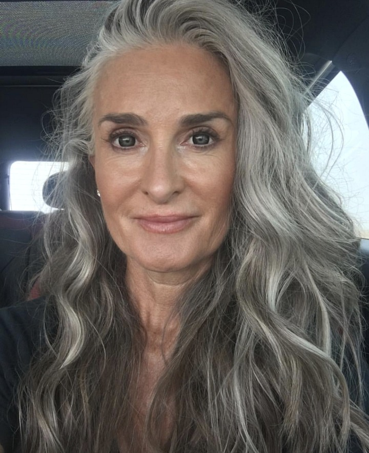 How to Go gray gracefully - woman with long wavy gray hair