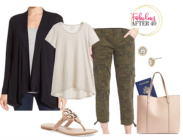 What to wear in a plane during summer big scarf or a light cashmere wrap
