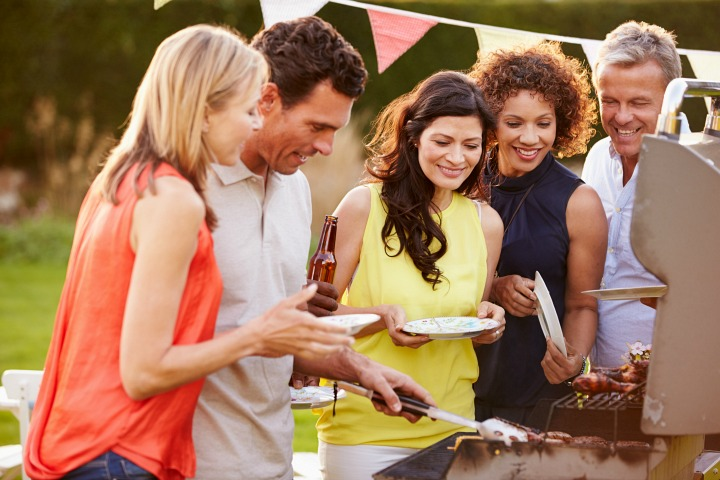 Summer Bbq Or Labor Day Party What To Wear Over 40