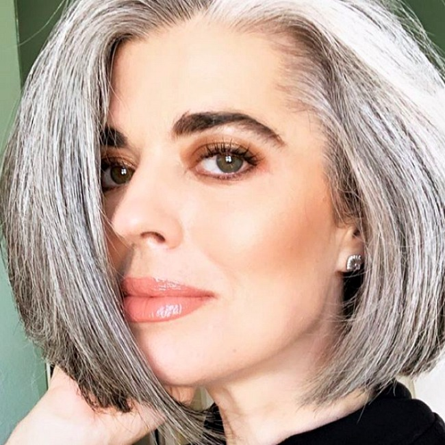 Silver hair bob for women over 40
